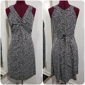 ANN TAYLOR LOFT black & white sheath dress 6